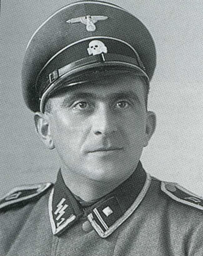 制服の帝国 -ナチスSSの組織と軍...