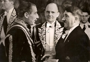1939, Hitler conversing with the British ambassador Handerson,Paul Schmidt.jpg