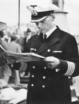 1939_ Kapitän zur See Hans W. Langsdorff at Buenos Aires, Argentina.jpg