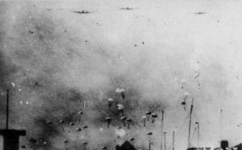 1940_Duitse_parachutisten_Rdam_Delft.jpg