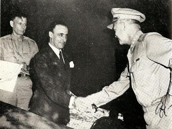 1943-Bedell Smith-Castellano-Eisenhower-.jpg
