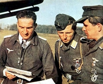 Ace Lutwaffe pilot Hans-Ulrich Rudel with colleagues.jpg