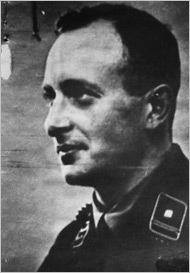 Adolf Eichmann 1933.jpg
