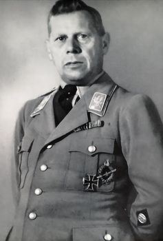 Adolf Hühnlein.jpg