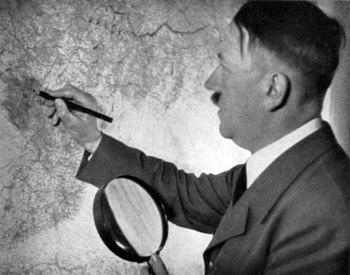Adolf Hitler 1941.jpg