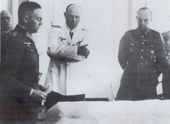 Albert Kesselring in uniforme bianca.jpg