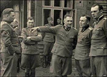 Auschwitz doctor Josef Mengele (second left).jpg