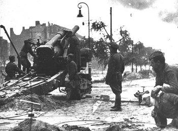 BERLIN  1945.jpg