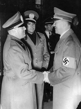 Benito Mussolini, Galeazzo Ciano Graf von Cortelazzo, Adolf Hitler.jpeg