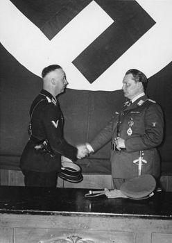 Berlin, Hermann Göring ernennt Himmler zum Leiter der Gestapo.jpg