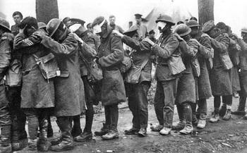 British_55th_Division_gas_casualties_10_April_1918.jpg