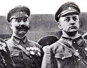Budyonny_Tukhachevsky.jpg