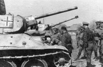 Charkow, SS-Division Das Reich_T-34  1943.jpg