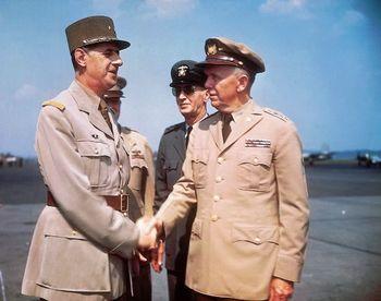 Charles_de_Gaulle & George Marshall.jpg