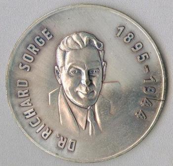 DDR Dr.Richard Sorge Medaille.jpg