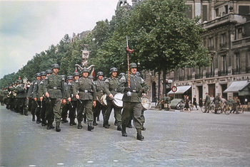 Deutsche Truppen in Paris.jpg