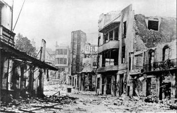 Dis Guernica nadat dit gebombardeer was in April 1937.jpg