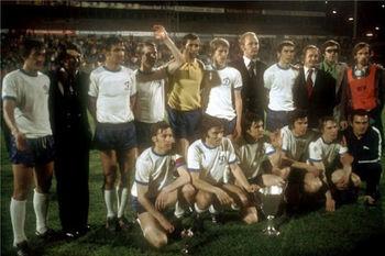 Dynamo Kyiv 1975 cup winners cup.jpg