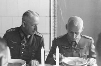 Erich_v._Manstein,_Hermann_Hoth.JPG
