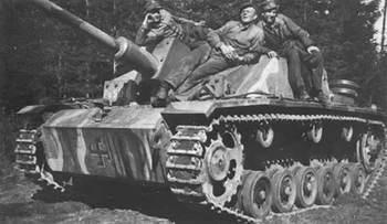 Finnish StuG III.jpg