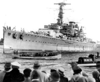 Geman pocket battleship Deutschland.jpg