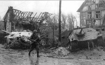 German tank destroyer Hetzer.jpg