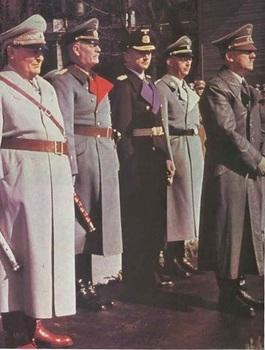 Goring, Keitel,Donitz, Himmler, Hitler.jpg