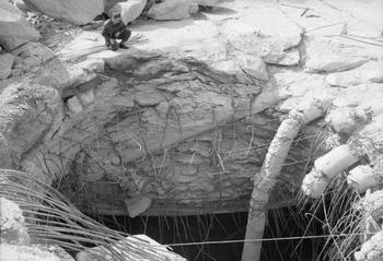 Grand Slam bomb which pierced the reinforced concrete roof of the German submarine pens at Farge.jpg
