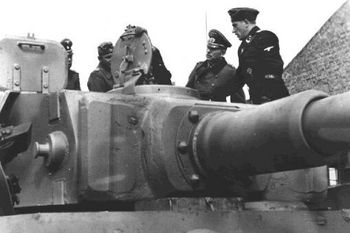 Guderian visited the Leibstandarte's Tiger.jpg
