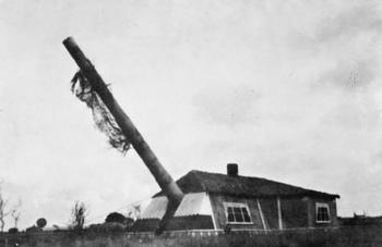 Guernsey_No 1 Gun of the Mirus Gun Battery.jpg