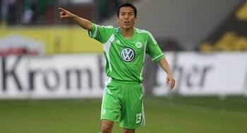 Hasebe Wolfsburg.jpg