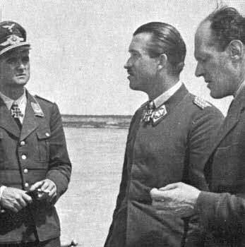 Hauptmann Wolfgang Späte, Generalmajor Adolf Galland, Willy Messerschmitt.jpg