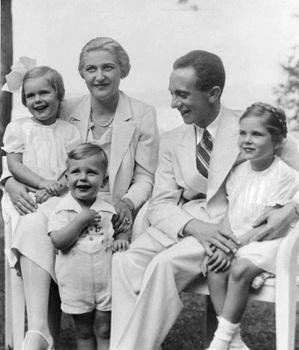 Hilde (left), Helmut (center), and Helga (right).jpg