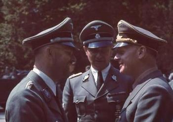 Himmler talking with Ribbentrop.jpg