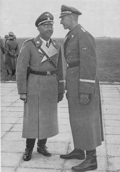 Himmler_Heydrich 1939.jpg