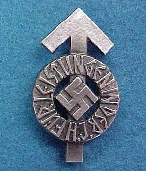 Hitler Youth Proficiency Badge.jpg