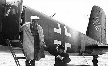 Hitler alights from a plane in Smolensk.jpg