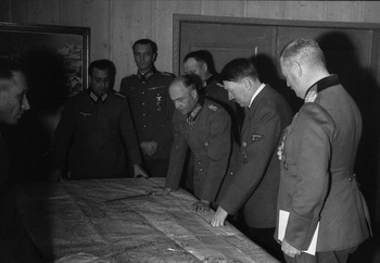 Hitler in a meeting with Keitel, Brauchitsch, and Paulus.jpg