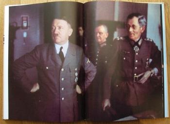 Hitler_von Weichs.jpg