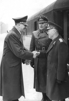 Ion Antonescu Paul Schmidt Adolf Hitler.jpg