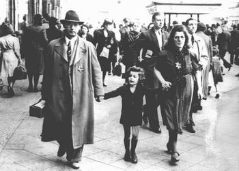 Jewish family walking along a Berlin street.jpg