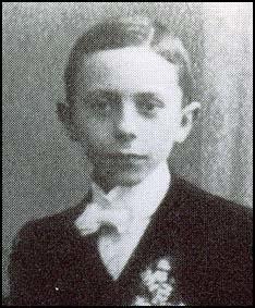 Joseph Goebbels in 1910.jpg