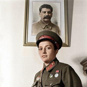 Lyudmila Pavlichenko_3.jpg