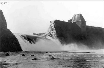 Möhne Dam was bombed.jpg