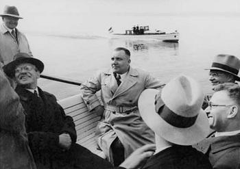 Martin-Bormann.jpg
