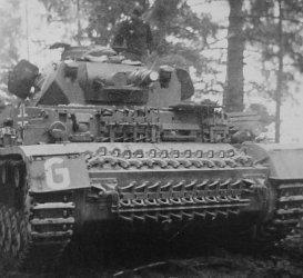 Panzer III of Panzergruppe Guderian.jpg