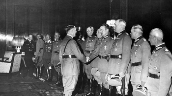 Promotion_ceremony_19_July_1940_Hitler_Kroll_Opera_house_award.jpg