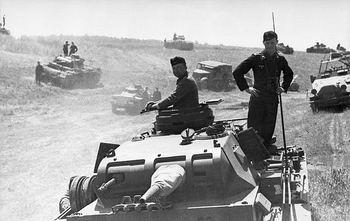 PzIII's (37mm gun), E.Front 1941.jpg