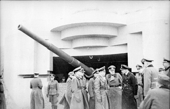Rommel_bei_Inspektion_des_Atlantikwalls.jpg
