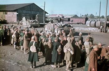 Russische Kriegsgefangene 1942.jpg